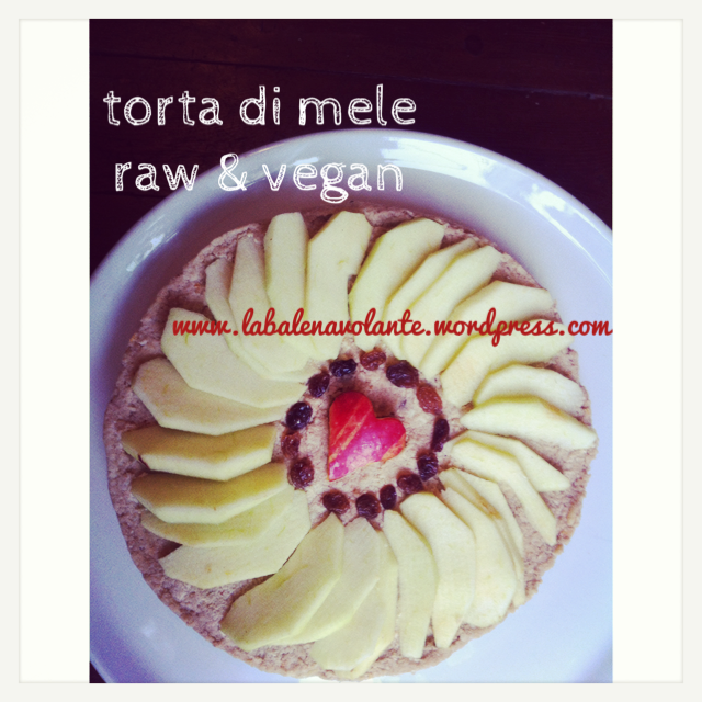 apple_vegan_pie_raw_balenavolante