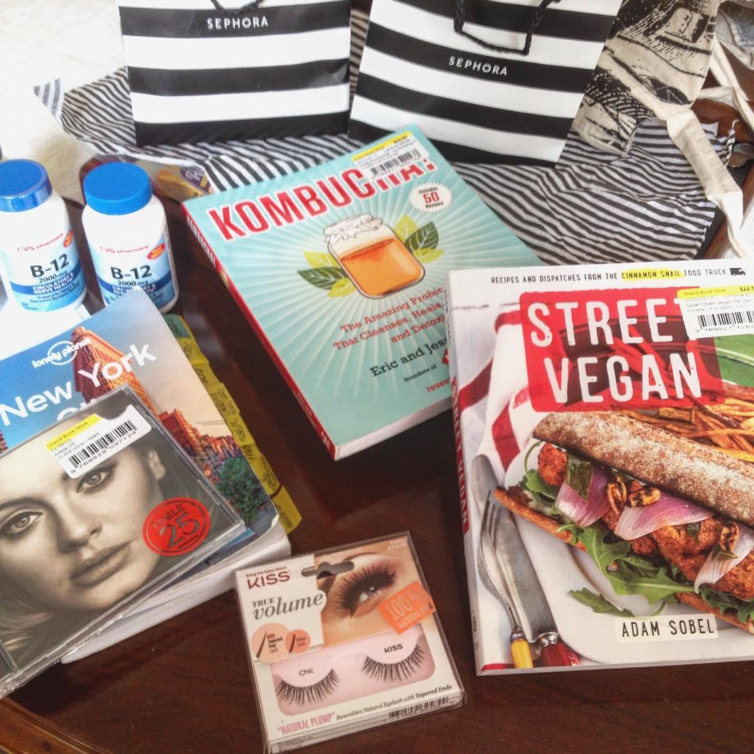 #shopping in #nyc #streetvegan #kombucha #veganbook #veganmakeup #veganmakeupshare #cigliozza #falslashes #cigliafinte #adele #music