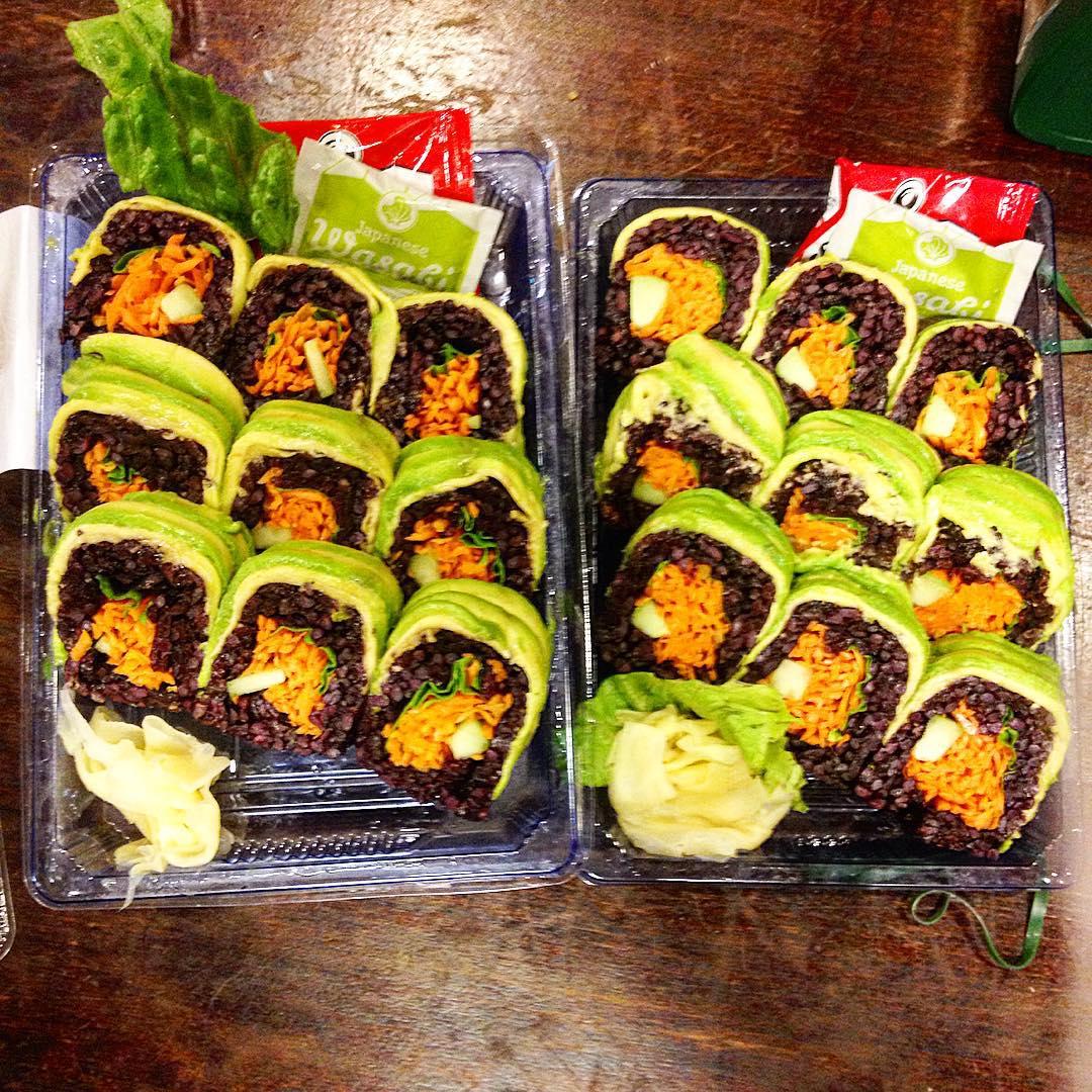 Il miglior sushi #vegan di #nyc ? Venite a scoprirlo sul blog ❤️ #vegansushi #veganchoice #veganism #newyork #newpost #newyorkvegan #veganrestaurant #plantbased #plantbasednutrition #glutenfree #glutenfreevegan