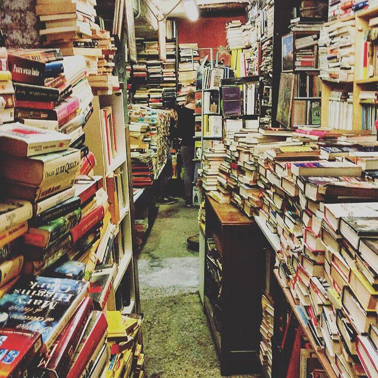 #spendotutto #libro #library #venice #libreria #libreriaacquaalta #italy #bookshop